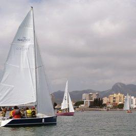 Empieza el año navegando a vela