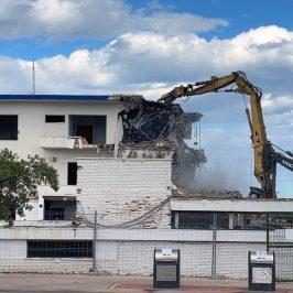Demolición sede social Náutico Gandia