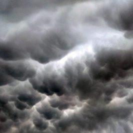 Cumulus mammatus Náutico Gandia