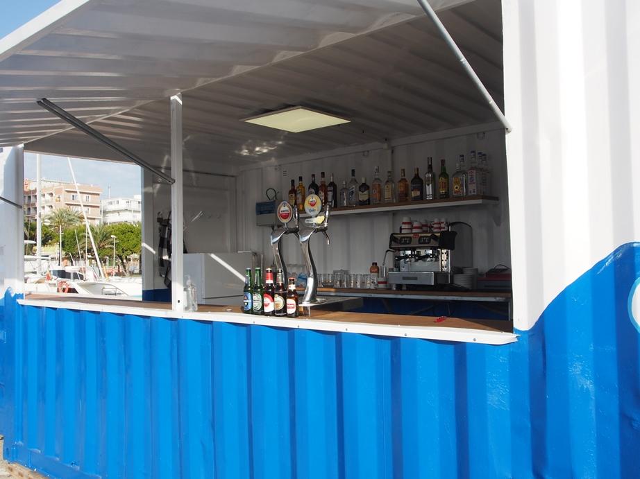 Cafetería terraza Náutico Gandia